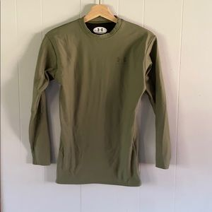 UNDER ARMOR olive green fitted long sleeve top men